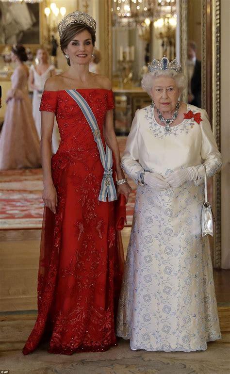 royal family spanish royals spanish royals make their way to buckingham palace daily