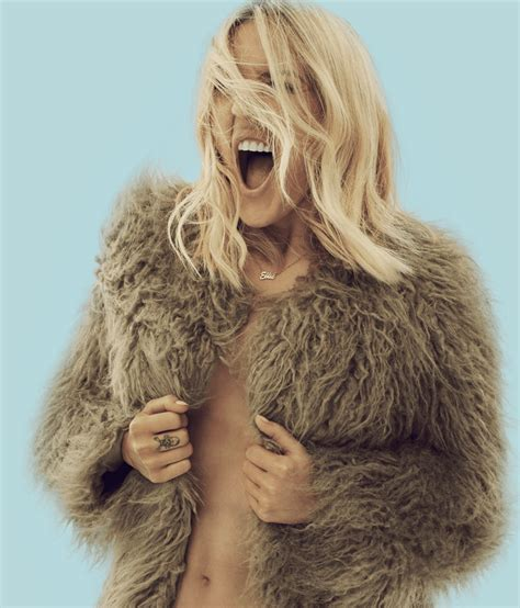 is ellie really ready to go from gothic what not to wear ellie goulding brings delerium world tour to north america