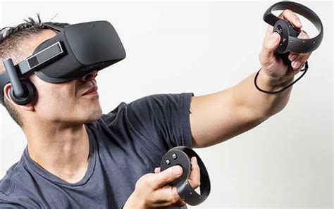 Oculus Rift VR Headset Comes with Xbox One Wireless Controller   Gadgetsin