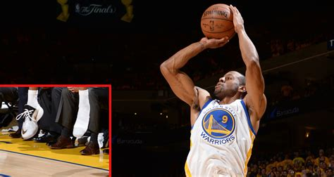 andre iguodala shoes andre iguodala loses shoe hits three pointer