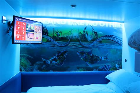 Travel Bunk Beds Thorpe Park Mania Thorpe Shark Hotel