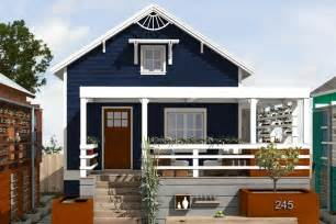 cottage style house plan 2 beds 2 baths 891 sq ft plan