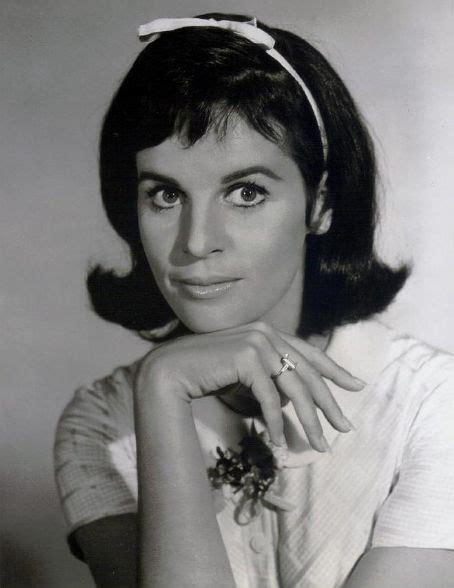 claudine longet actress claudine longet vintage b w actresses pinterest