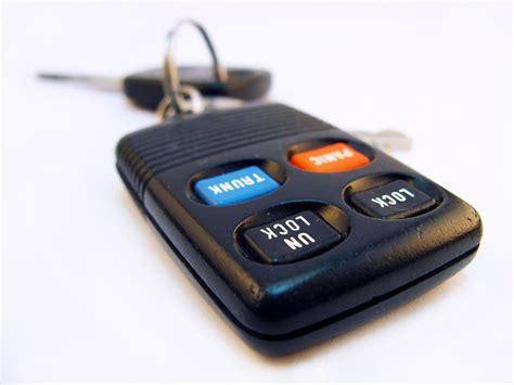 Kunci Inggris Yg Kecil perlengkapan mobil yang kecil namun penting tipsrumah