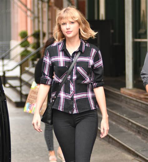 taylor swift leaked taylor swift groping lawsuit photo leaked young hollywood