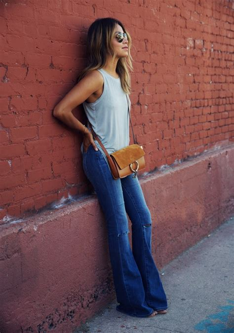 are flare jeans in style in 2015 fashion trend 2015 everyone s wearing flared jeans
