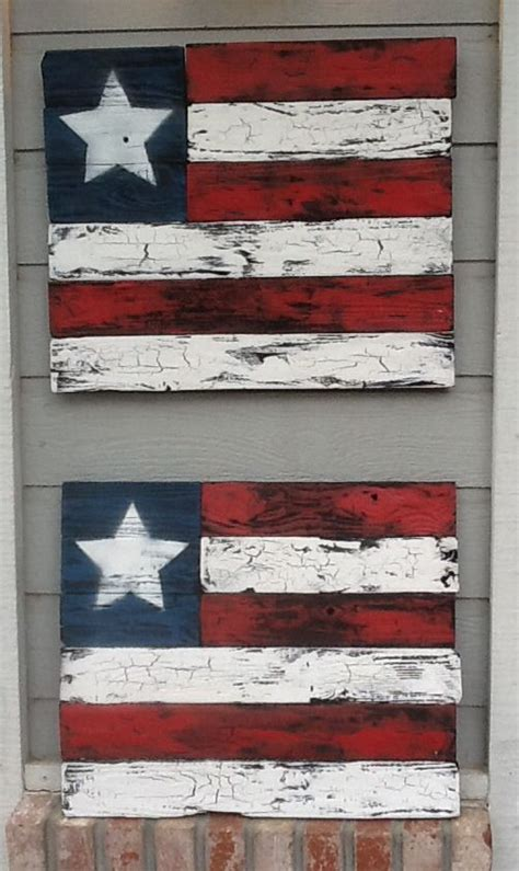 recycled wood art   fence boards crackle paint