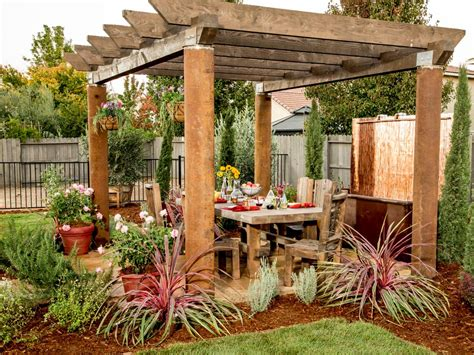 backyard pergola our 30 fave entertaining ideas entertaining ideas