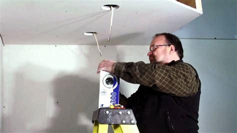 Installer Des Spots Au Plafond by Eclairages Encastr 233 S Bazz Comment Installer Des Spots