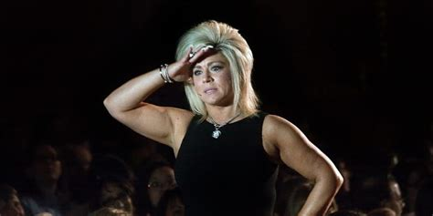 long island medium net worth top ten richest psychics in theresa caputo net worth 2018 amazing facts you need to know
