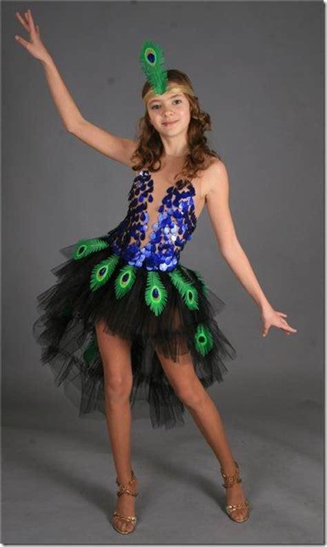 disfraz de pavo con material reciclable idea disfraz casero de pavo real para ni 241 as disfraces