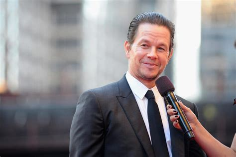actor wages canada the world s highest paid actors 2017 mark wahlberg leads