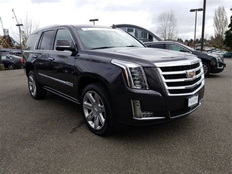 Certified Cadillac Escalade by Used Certified Pre Owned Cadillac Escalade For Sale Edmunds