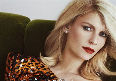 claire danes roles claire danes on finding love with hugh dancy extratv