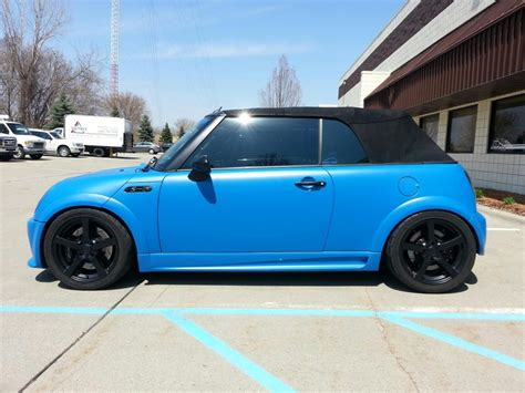 Back For Mini Blue what is with black wheels american motoring