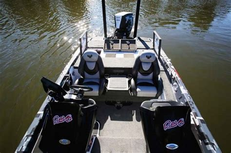 layout boat nz phoenix 721 proxp bass boat review