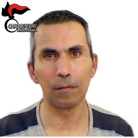 consolato albanese in italia reggio calabria 40enne arrestato per maltrattamenti in