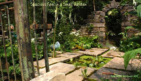 tiny garden very small garden ideas photograph how to create the illus
