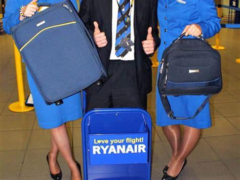 dimensioni bagaglio cabina ryanair ryanair le bagage en soute moins cher 224 l a 233 roport air