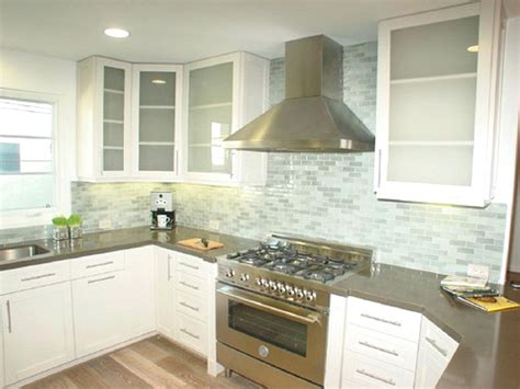 Green Glass Tiles For Kitchen Backsplashes Emerald Green