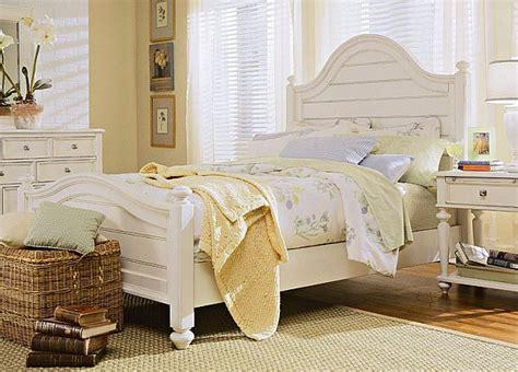 decorate bedroom white furniture