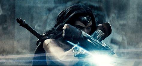 batman vs superman dawn quot batman v superman dawn of justice quot concept arty i zdjęcia z empire batcave
