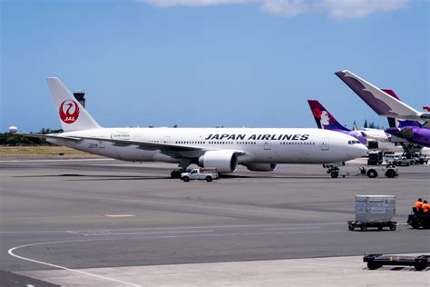 airasia honolulu airasia x a330 300 economy class honolulu to osaka flight