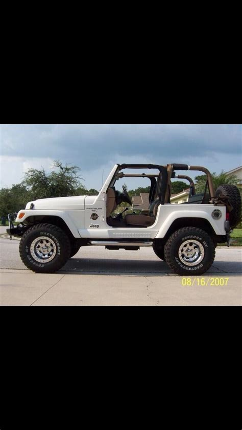 jeep sahara white 2 door jeep on white jeep wrangler white jeep and jeeps