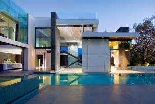 Modern beverly hills house beautiful home house design marvelous table