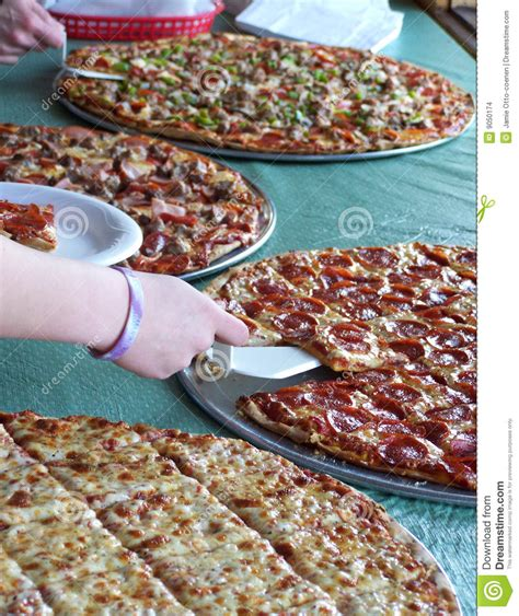 Buffet De Pizza Images Stock Image 9050174 Buffet De Pizza