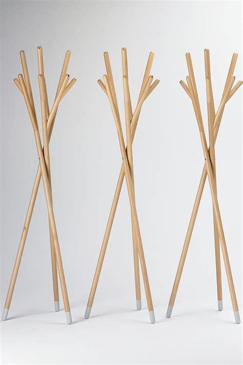 stick design stick appendiabiti di design valsecchi in legno diverse