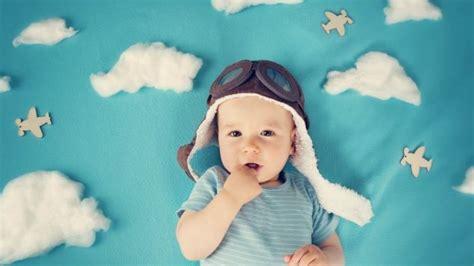 alimentazione 4 mesi sviluppo bambino a 4 mesi paginemamma