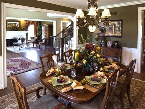 Decorating Formal Dining Room by Formal Dining Room Decorating Ideas