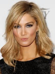 www medium delta goodrem hairstyles 2014 medium wavy haircut