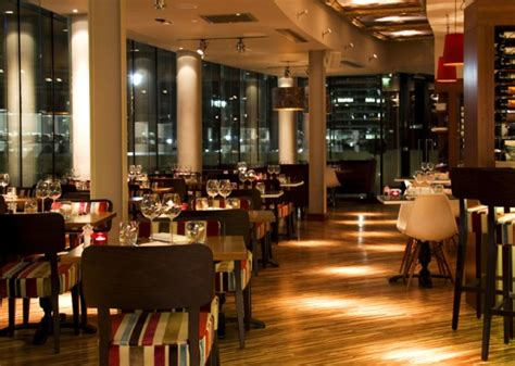 top bars in canary wharf rocket canary wharf london bar reviews designmynight