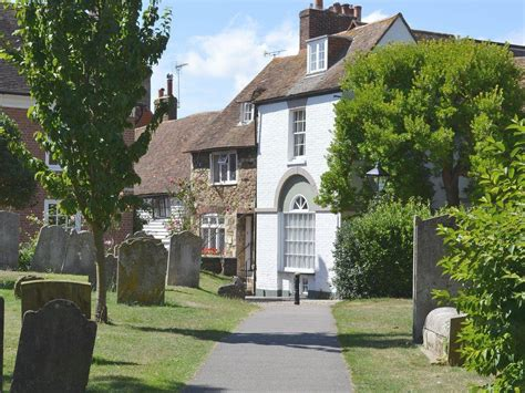 Cottages In Rye by Pipewell Cottage In Rye Selfcatering Travel