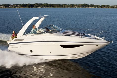 regal boats annapolis 2018 regal 28 express power boat for sale www yachtworld