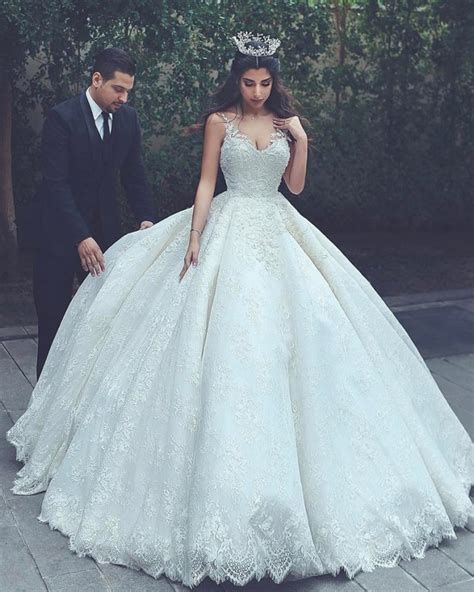 L Dress Princes wedding dress princess wedding dress big tale