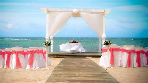 Unique Resorts for your all inclusive Destination Wedding