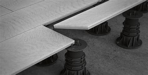 piedini per pavimenti galleggianti i materiali per pavimenti sopraelevati marazzi