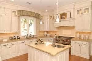 classic kitchen cabinets resurfacing kitchen cabinets classic kitchen cabinet refacing