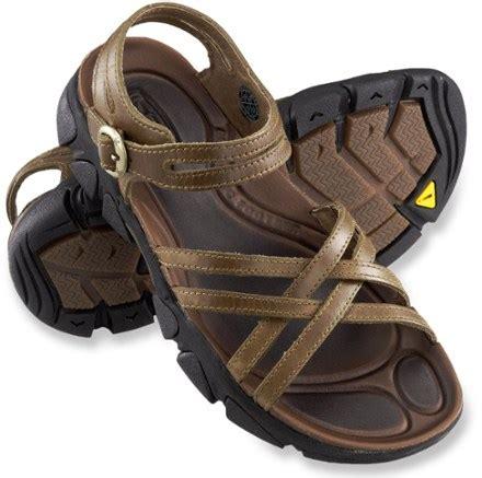 rei keen sandal rugged sandals rugs ideas
