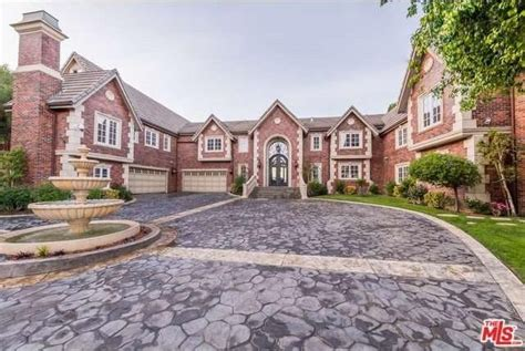 jenni rivera house estate of late mexican superstar jenni rivera lists in encino realtor com 174