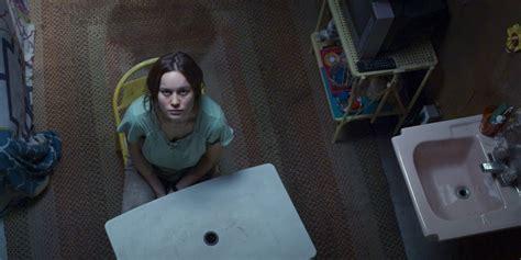 review film room adalah movie review room 2015 the critical movie critics