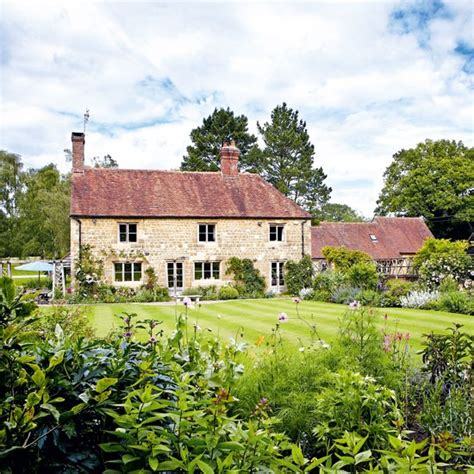 country homes and interiors uk inside this idyllic sussex farmhouse housetohome co uk