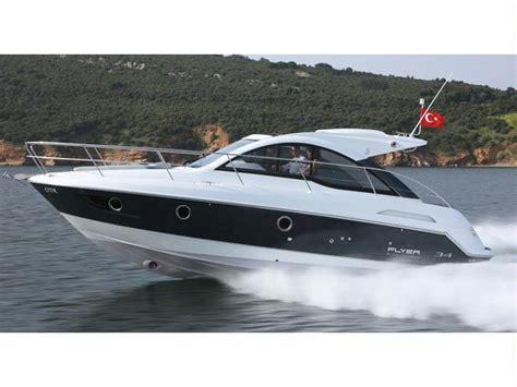 motoscafi cabinati bateau beneteau flyer gt 34 inautia fr inautia
