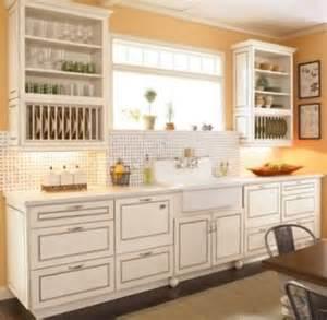 farm style kitchen cabinets pin kitchen design farm style kitchen designs farmstyle kitchen