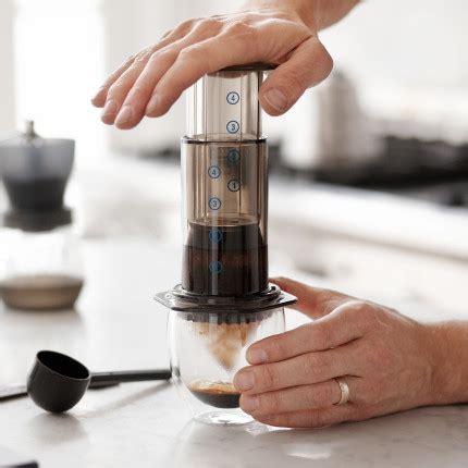Alat Coffee Press cara mudah membuat latte tanpa mesin espresso majalah
