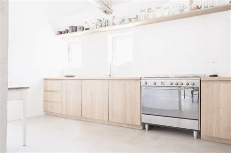 negocier sa cuisine du bois dans la cuisine cocon de d 233 coration le