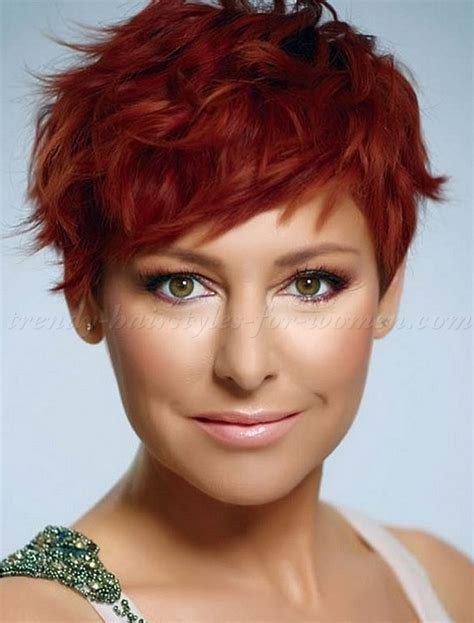 short wavy hairstyles   wavy pixie hairstyle   trendy